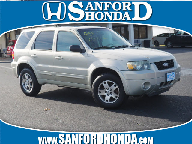 Pre Owned 2005 Ford Escape Limited