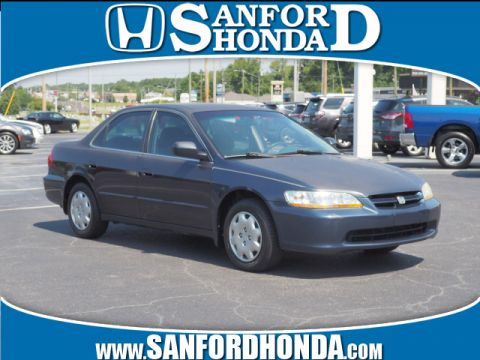 Pre-Owned 2000 Honda Accord LX